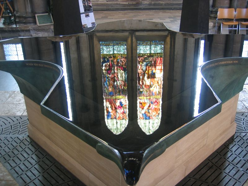 Salisbury_Cathedral_Font